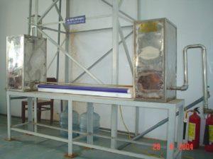 Hình ảnh thí nghiệm xác định chế độ chảy của dòng