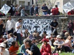 Khai thác khí đá phiến, chủ đề gây tranh luận tại Pháp