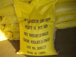 Sản phẩm hóa chất trợ keo tụ pac trung quốc